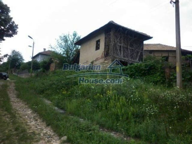 11349:11 - Large rural house in the mountainous Vratsa region
