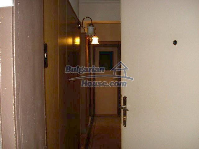 11351:3 - Two-bedroomed apartment in very good condition in Elhovo
