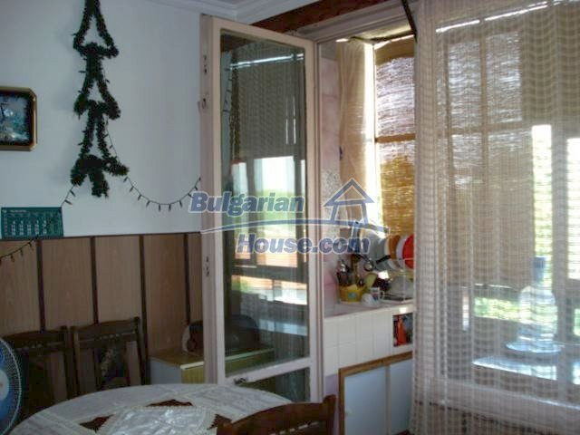 11351:5 - Two-bedroomed apartment in very good condition in Elhovo