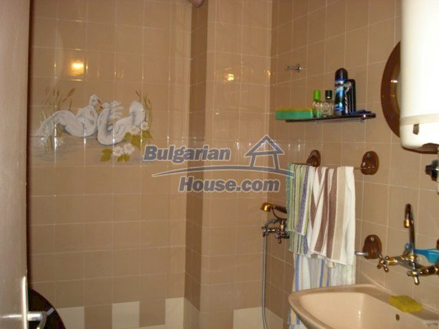 11351:6 - Two-bedroomed apartment in very good condition in Elhovo