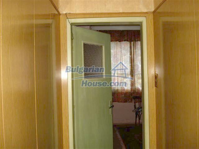 11352:3 - Ground floor of a house in the charming town of Elhovo