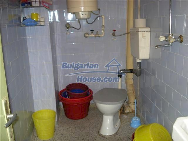11352:12 - Ground floor of a house in the charming town of Elhovo