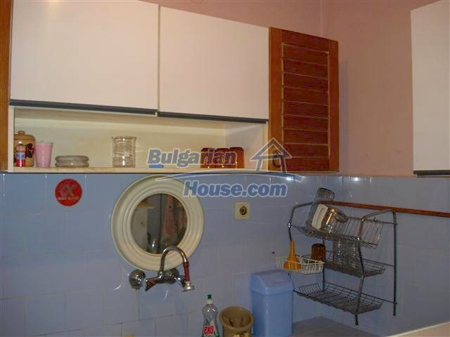 11352:10 - Ground floor of a house in the charming town of Elhovo
