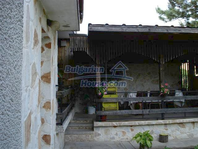 11357:6 - Completed rural house with a splendid garden near Elhovo
