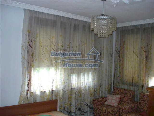 11357:8 - Completed rural house with a splendid garden near Elhovo
