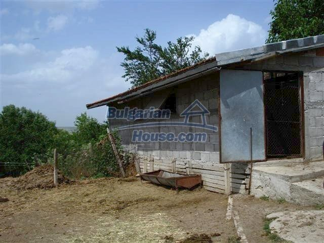 11357:25 - Completed rural house with a splendid garden near Elhovo