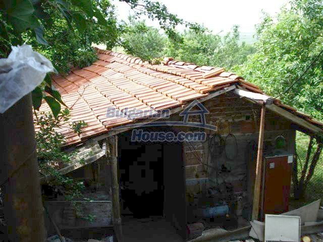 11357:27 - Completed rural house with a splendid garden near Elhovo