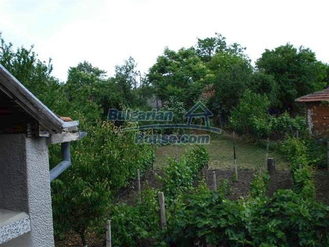 11357:28 - Completed rural house with a splendid garden near Elhovo