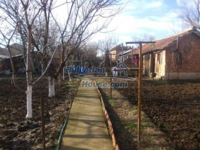 11361:2 - Cheap thoroughly furnished country house near Vratsa