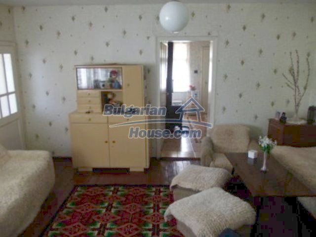 11361:4 - Cheap thoroughly furnished country house near Vratsa