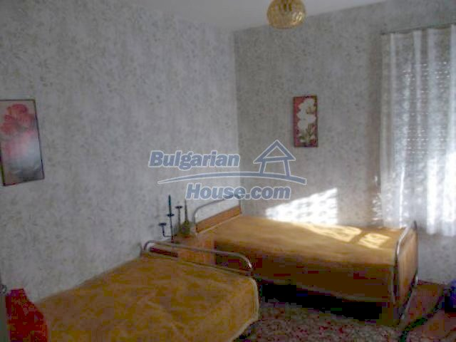 11361:6 - Cheap thoroughly furnished country house near Vratsa
