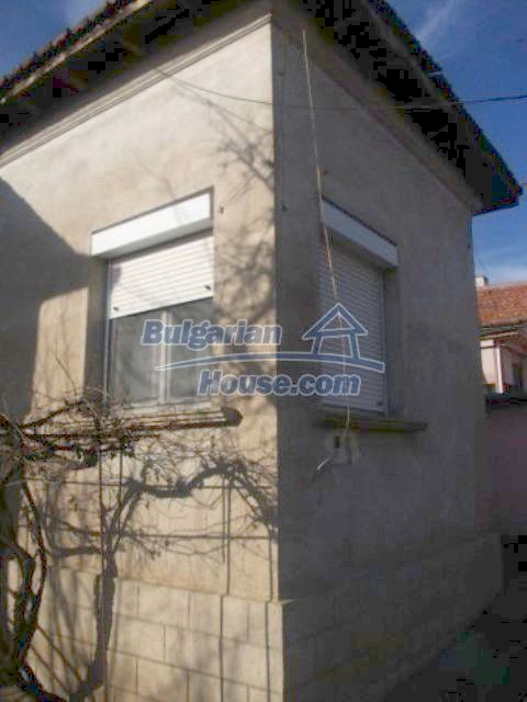 11361:9 - Cheap thoroughly furnished country house near Vratsa