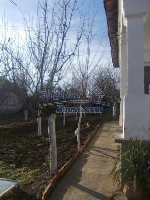 11361:10 - Cheap thoroughly furnished country house near Vratsa