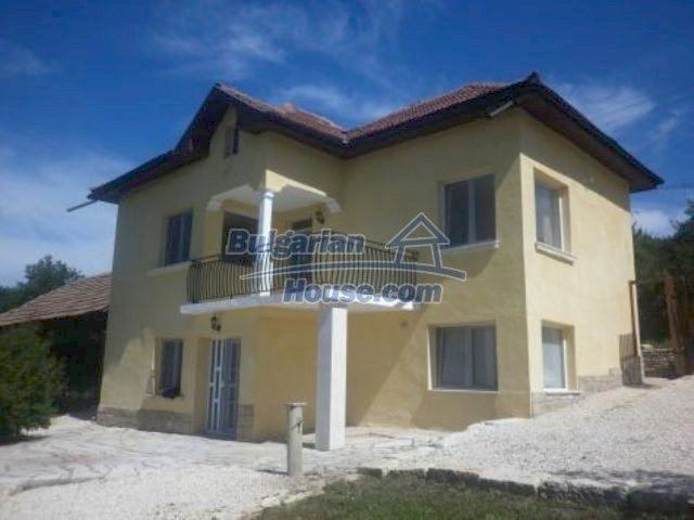 11366:2 - Spacious furnished house near Vratsaenchanting mountain views