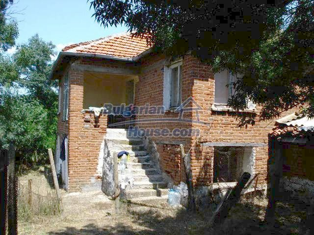 11367:1 - Cozy brick house in a sunny village in Yambol region