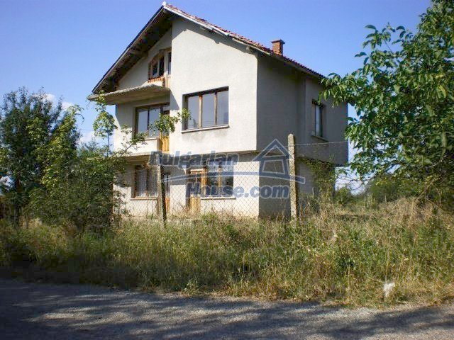 11368:3 - Very cheap and beautiful family house near Elhovo, 80km to Burga