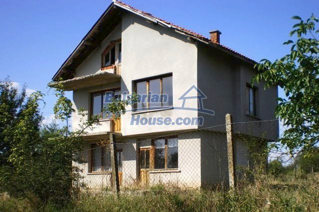 11368:5 - Very cheap and beautiful family house near Elhovo, 80km to Burga