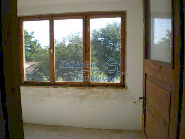 11368:6 - Very cheap and beautiful family house near Elhovo, 80km to Burga
