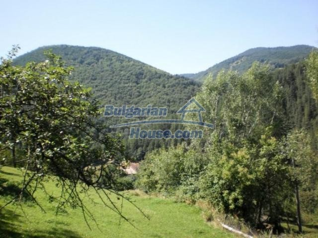 11371:12 - Cheap rural house with splendid mountain view - Kardzhali