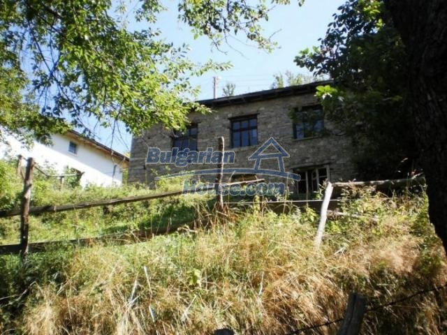 11371:2 - Cheap rural house with splendid mountain view - Kardzhali
