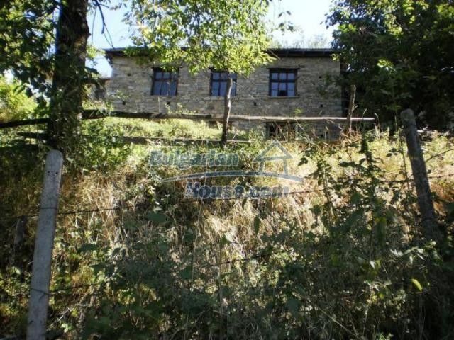 11371:3 - Cheap rural house with splendid mountain view - Kardzhali