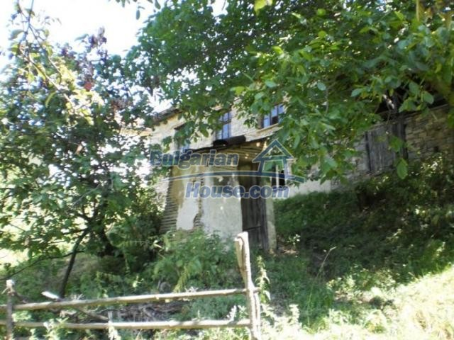 11371:4 - Cheap rural house with splendid mountain view - Kardzhali