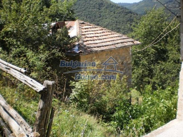11371:5 - Cheap rural house with splendid mountain view - Kardzhali