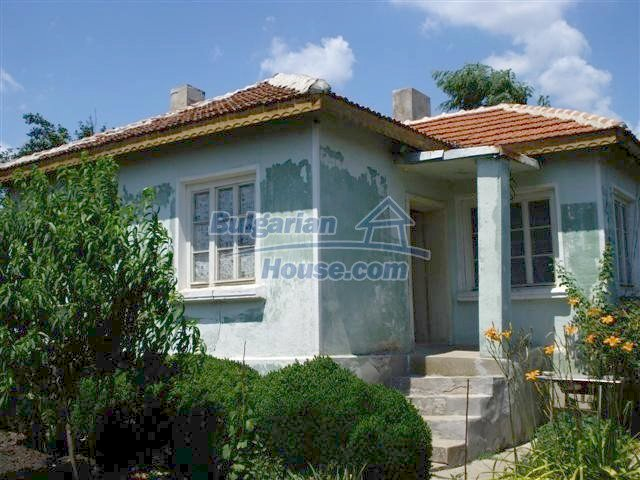 11378:2 - Cheap rural house in a lovely Bulgarian villageYambol region