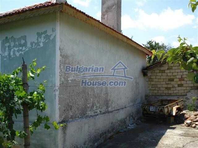 11378:3 - Cheap rural house in a lovely Bulgarian villageYambol region