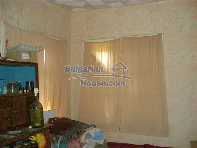 11378:5 - Cheap rural house in a lovely Bulgarian villageYambol region