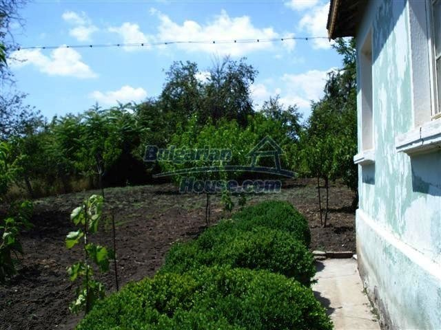 11378:12 - Cheap rural house in a lovely Bulgarian villageYambol region