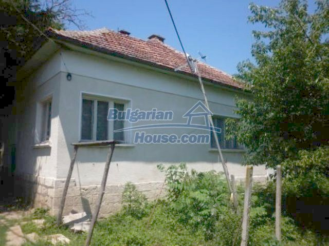 11382:2 - Cheap and large house with an extensive garden near Vratsa