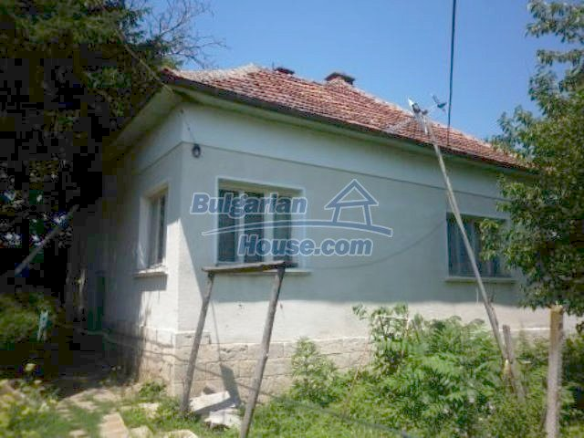 11382:3 - Cheap and large house with an extensive garden near Vratsa