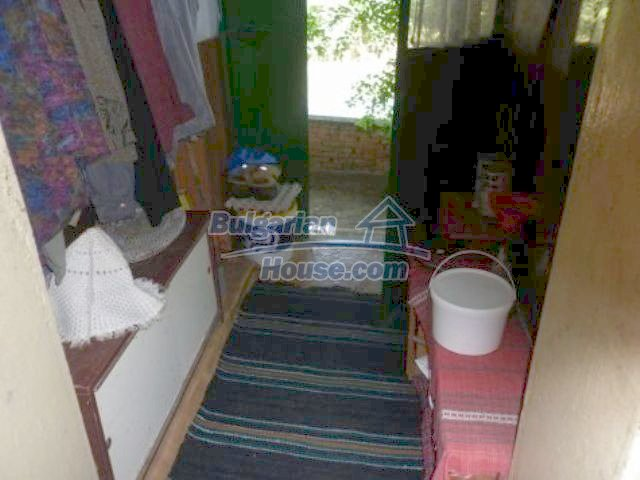 11382:5 - Cheap and large house with an extensive garden near Vratsa