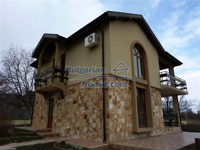 11385:1 - Fantastic recently constructed seaside house near Burgas