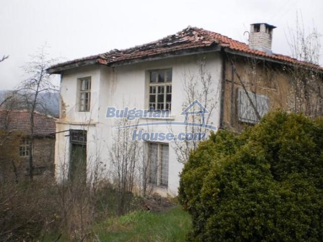 11386:1 - Rural house with an attractive location near Smolyan