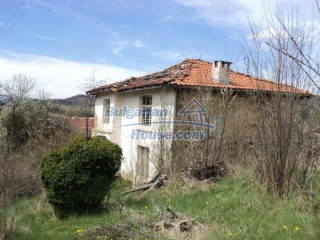 11386:2 - Rural house with an attractive location near Smolyan
