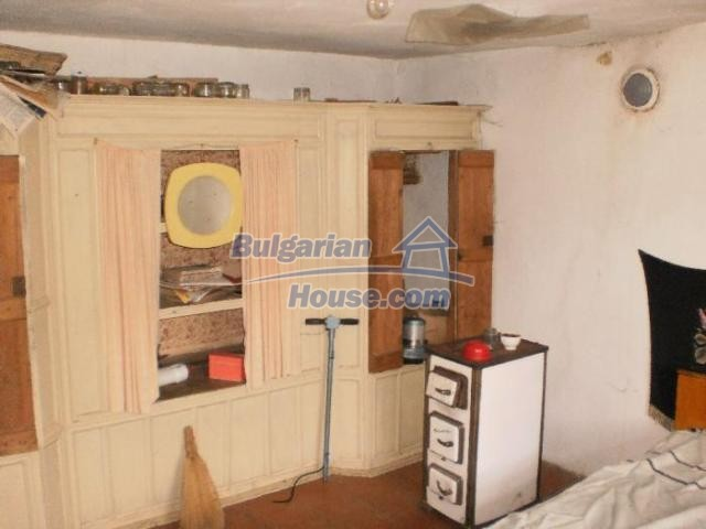 11386:11 - Rural house with an attractive location near Smolyan