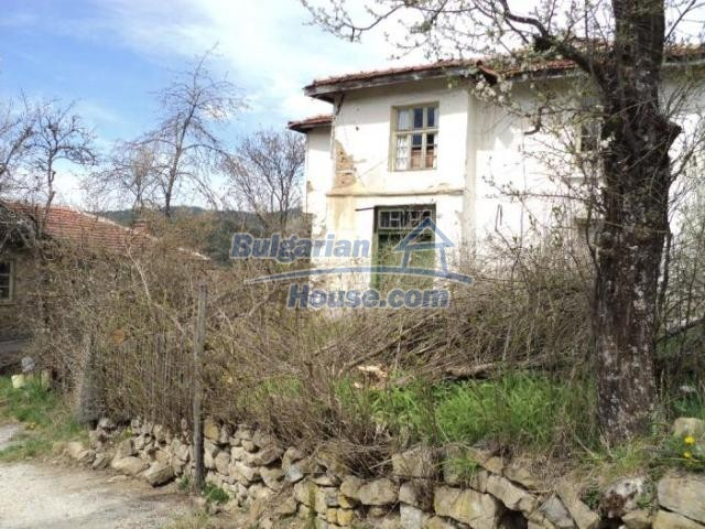 11386:4 - Rural house with an attractive location near Smolyan
