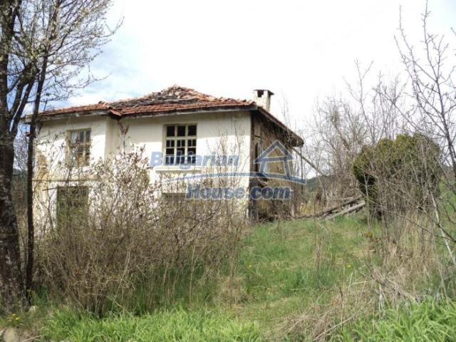 11386:6 - Rural house with an attractive location near Smolyan