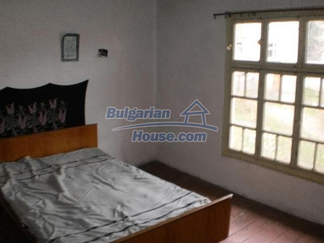 11386:10 - Rural house with an attractive location near Smolyan