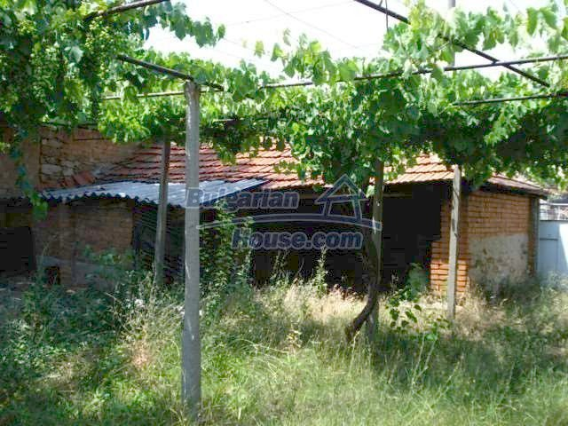 11395:11 - Cheap and sunny rural house near Harmanli