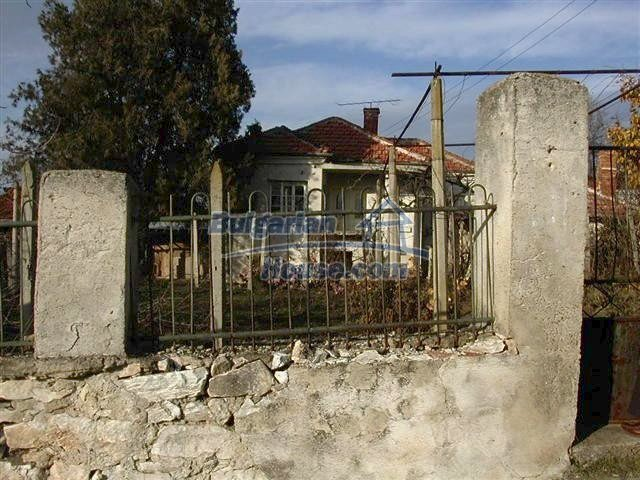 11396:2 - Cheap rural home with a lovely gardenYambol region