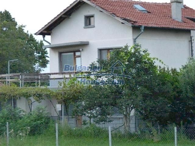 11397:1 - Rural renovated house with a splendid garden near Yambol
