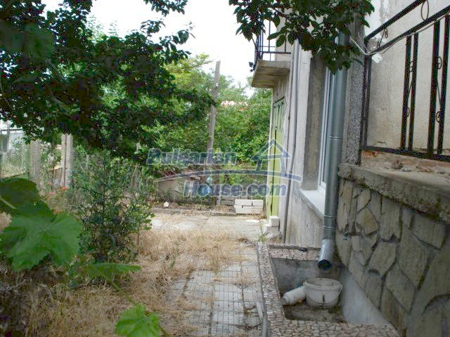 11402:23 - Spacious rural house near Elhovoexcellent investment