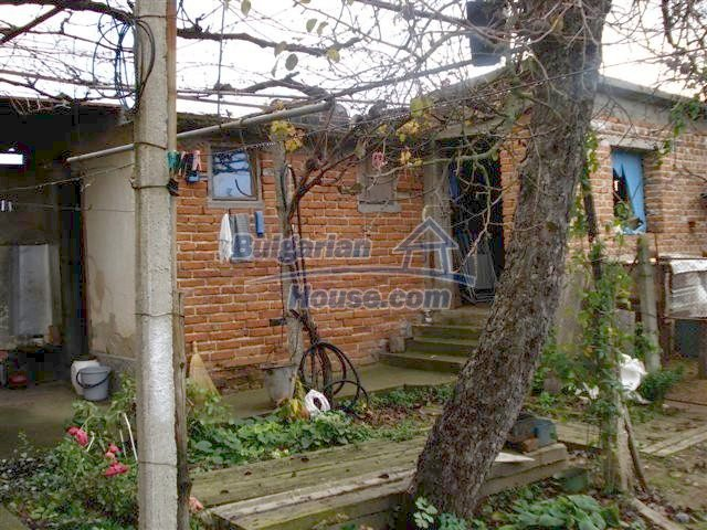 11403:19 - Cozy house near Elhovo in a beautiful rural countryside