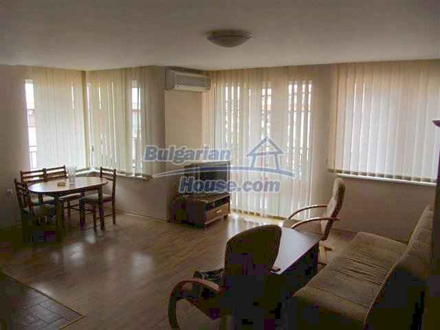 11411:3 - Furnished apartment near mountain and sea - Elenite