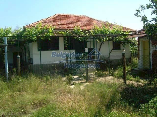 11412:1 - Cheap well presented house near Sredets and the Black Sea