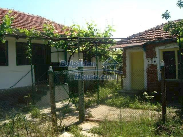 11412:2 - Cheap well presented house near Sredets and the Black Sea