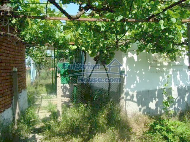 11412:4 - Cheap well presented house near Sredets and the Black Sea